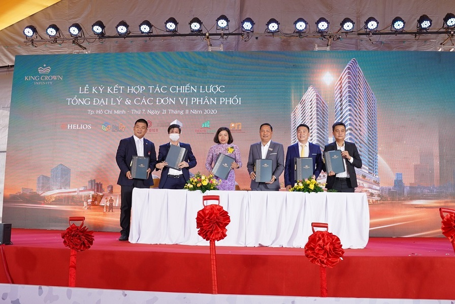 PN Holding Group signed a strategic cooperation agreement to distribute the King Crown Infinity project of Bamboo Capital